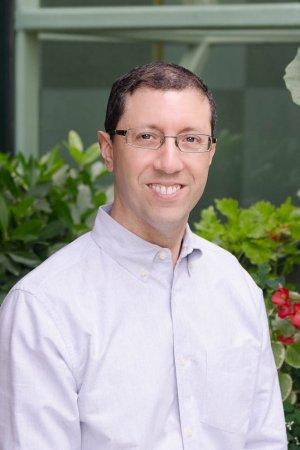 Steven Lustig